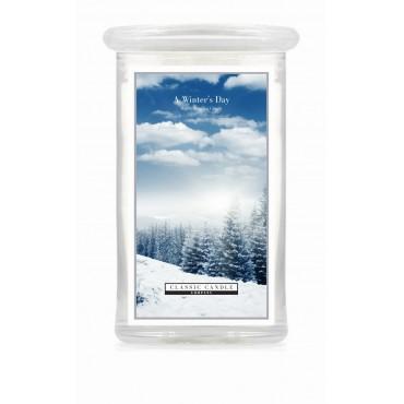 Duża świeca A Winter`s Day Classic Candle