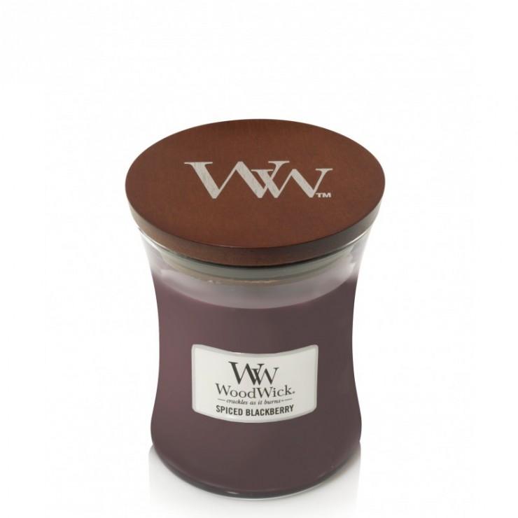 Średnia świeca Spiced Blackberry Woodwick