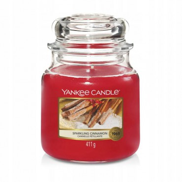 Średnia świeca Sparkling Cinnamon Yankee Candle