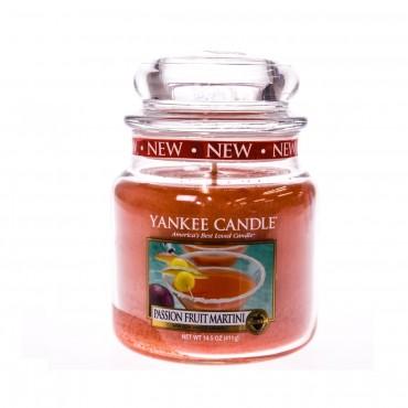 Średnia świeca Passion Fruit Martini Yankee Candle