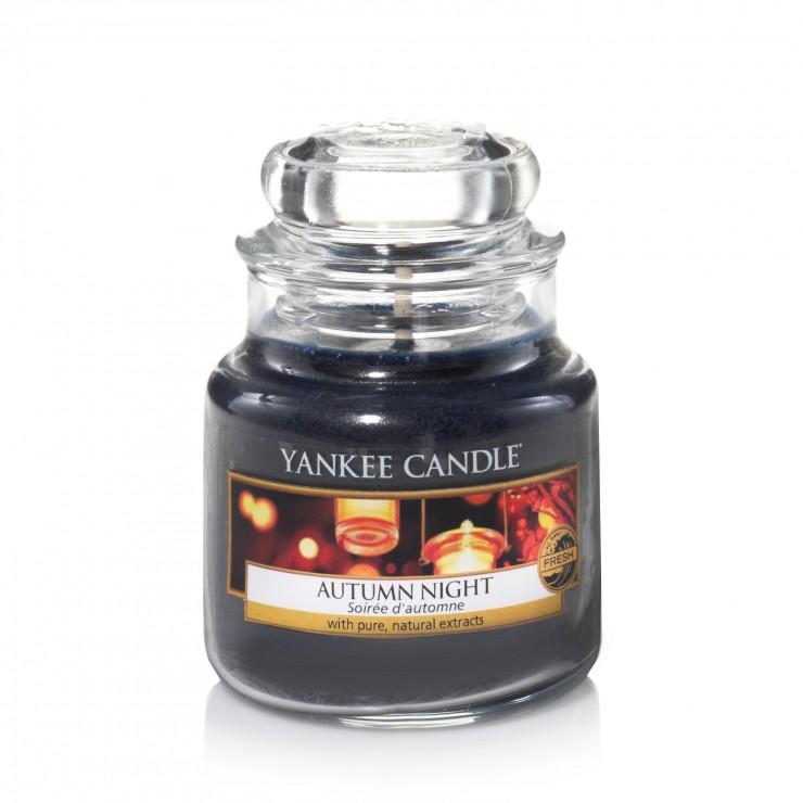 Mała świeca Autumn Night Yankee Candle