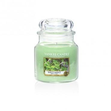 Średnia świeca Wild Mint Yankee Candle
