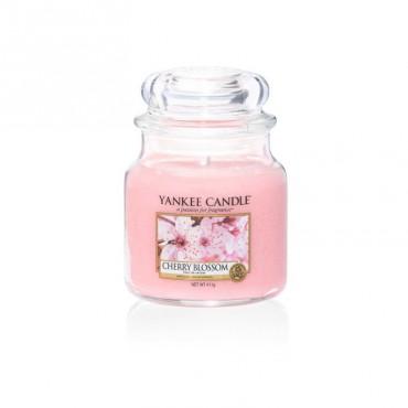 Średnia świeca Cherry Blossom Yankee Candle