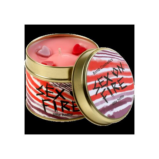 Świeca zapachowa w puszce PŁONĄCE ZMYSŁY – Bomb Cosmetics