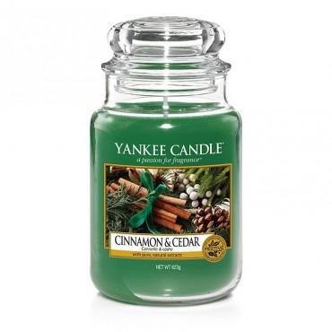 Duża świeca Cinnamon & Cedar Yankee Candle