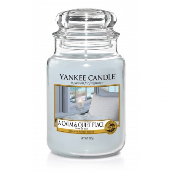 Duża świeca A Calm & Quiet Place Yankee Candle