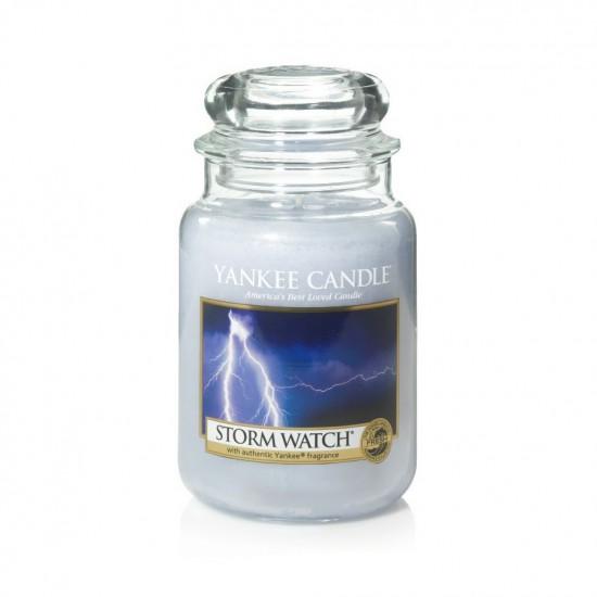 Duża świeca Storm Watch Yankee Candle