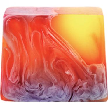 Mydło glicerynowe CAIPERINA Bomb Cosmetics