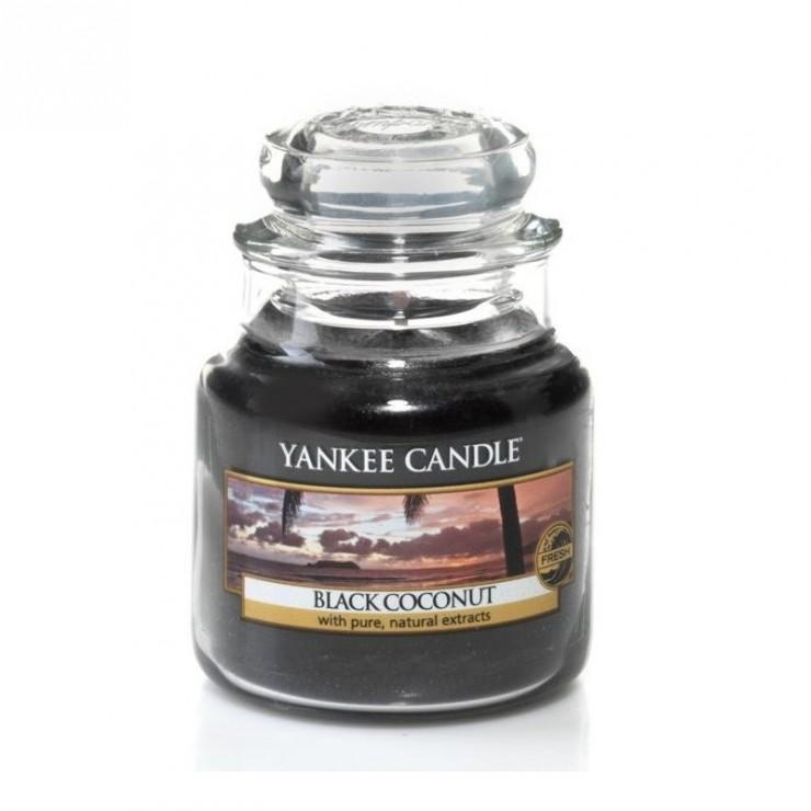 Mała świeca Black Coconut Yankee Candle