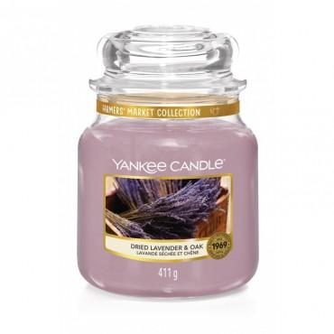 Średnia świeca Dried Lavender & Oak Yankee Candle