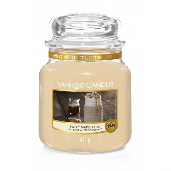 Średnia świeca Sweet Maple Chai Yankee Candle