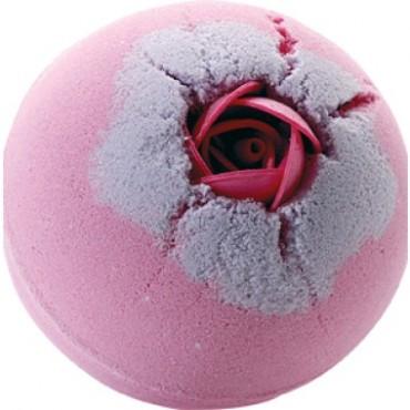Musująca kula do kąpieli Przysmaki Natury Słodka Różyczka