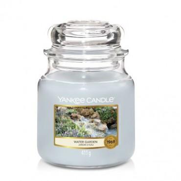 Średnia świeca Water Garden Yankee Candle