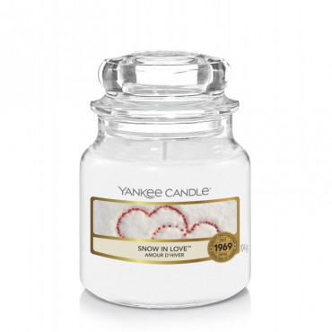Mała świeca Snow in Love Yankee Candle