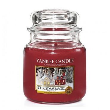 Średnia świeca Christmas Magic Yankee Candle
