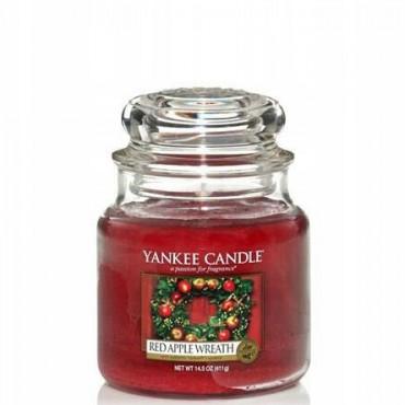 Średnia świeca Red Apple Wreath Yankee Candle