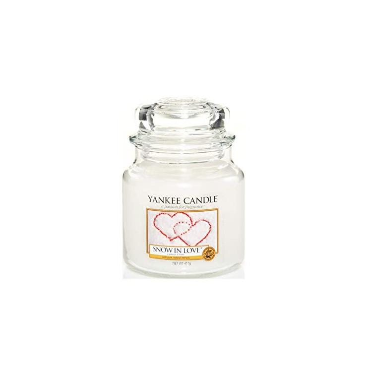 Średnia świeca Snow in Love Yankee Candle