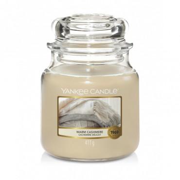 Średnia świeca Warm Cashmere Yankee Candle
