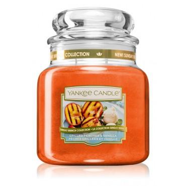 Średnia świeca Grilled Peaches & Vanilla Yankee Candle